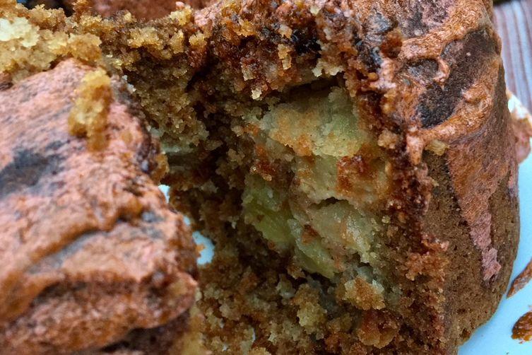 Hazelnut Apple Cake