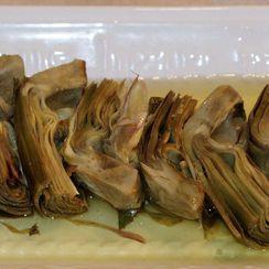 Carciofi alla Romana (Artichokes with Garlic and Mint)