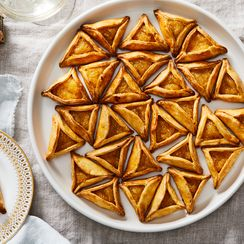 "These Luscious Spiced Pineapple Tarts Translate to ""Come Here, Wealth!"""