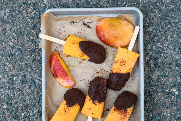 chocolate-dipped tequila mango chile paletas
