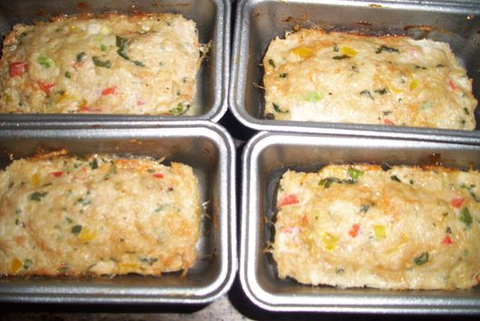Mini chicken meatloaf