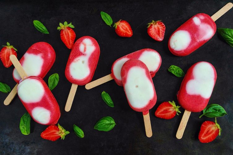 Creamy strawberry basil popsicle