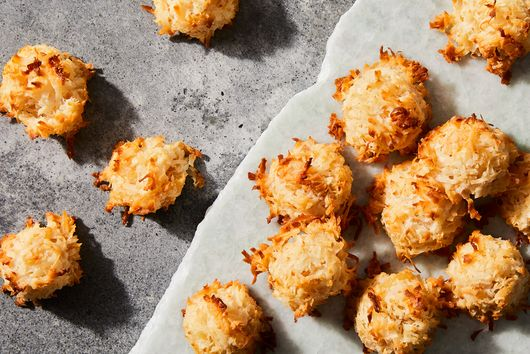 Ginger-Coconut Macaroons