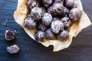 Chocolate Donut Holes (Munchkins)