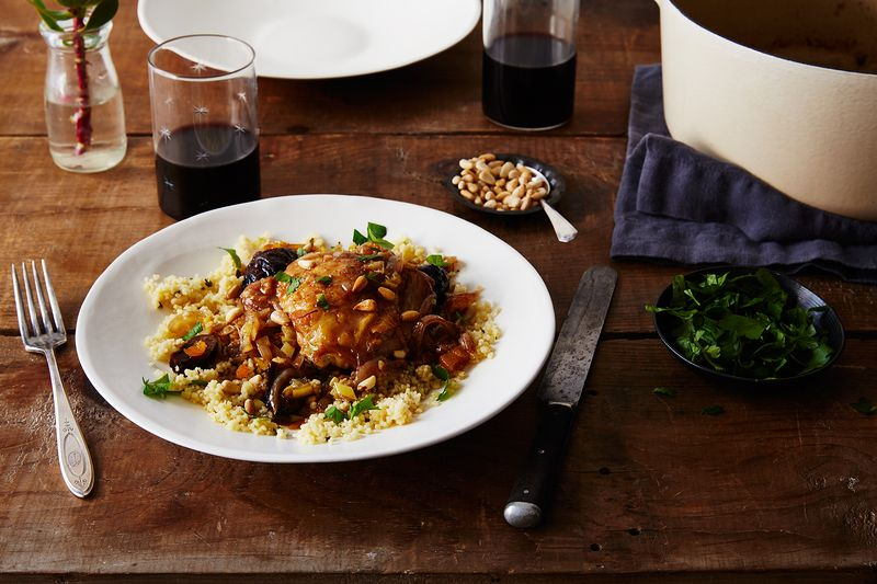 Easy chicken recipe moroccan chicken tagine moroccan chicken tagine with figs and apricots forumfinder