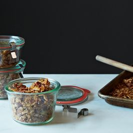 B0a0125f-dc9e-4110-a8fd-d6b95f61c516--2013-1126_not-recipes_granola-013
