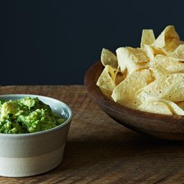 5cd0c4c5-8c62-430f-be8a-c54ca2985a91--2014-0114_not-recipe_guacamole-157