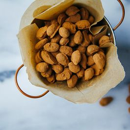 Nuts by Marit.Island