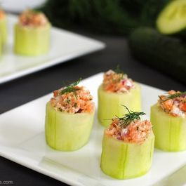 E3b6f1da ab67 42d6 a2ea 27f4762080b0  cucumber cups with smoked salmon salad1