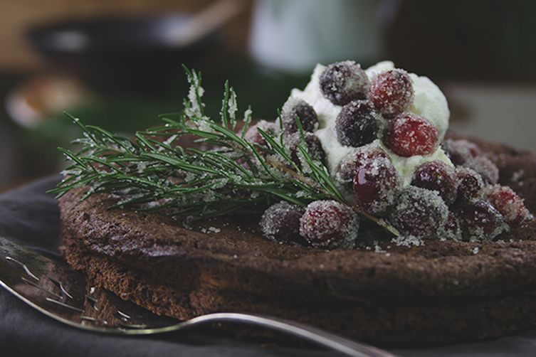 Cake Decorations Chocolate Balls : Chocolate rosemary Christmas cake decorated with cranberry ...