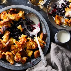 Blueberry-Challah Pandowdy