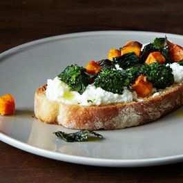 Roasted Broccoli Rabe, Sweet Potato & Ricotta Crostini