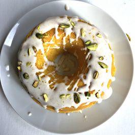 F1b7fb6c 3304 449b 865c 08947dfd7107  golden milk cake 5