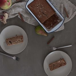 Ginger Spiced Apple Pear Quick Bread