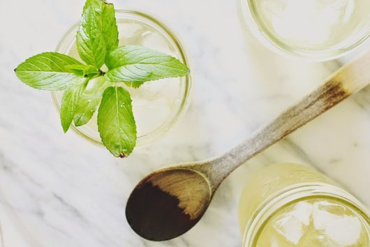 Simple Iced Mint and Green Tea