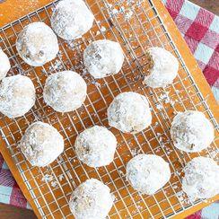 Maple Pecan Tea Cookies