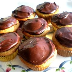 Banana Cupcakes with Chocolate Sour Cream Ganache