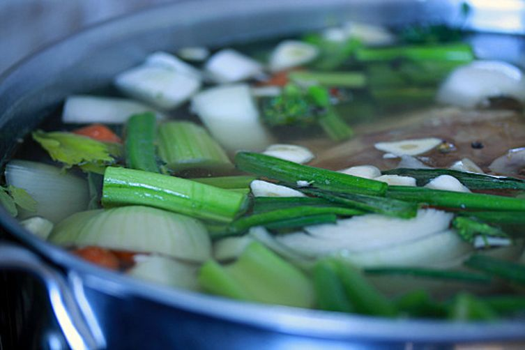"""Go To"" Chicken Stock (Bone Broth)"