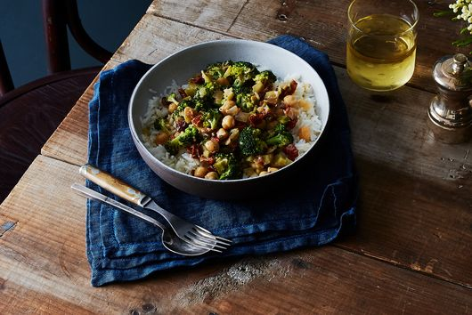 Coconut Braised Chickpeas & Broccoli