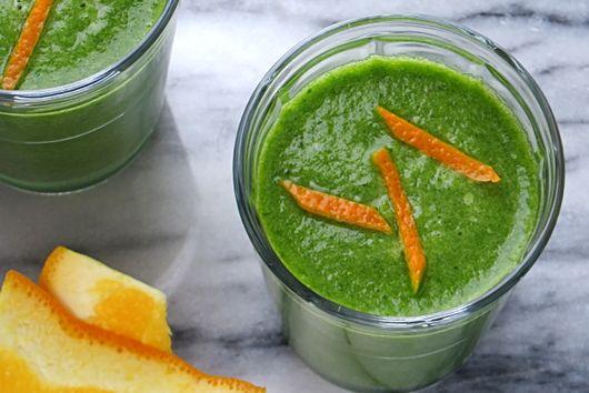 orange and green detox smoothie