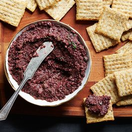 95591801-c47a-43bc-937e-55a0dfc2606e--2015-0212_how-to-make-tapenade_mark-weinberg-160
