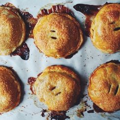 Apple Cinnamon Hand Pies