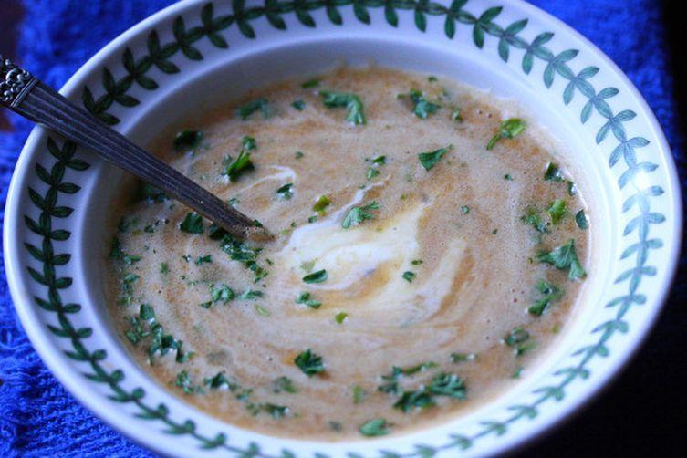 Spanish Garlic Soup (Sopa de Ajo)