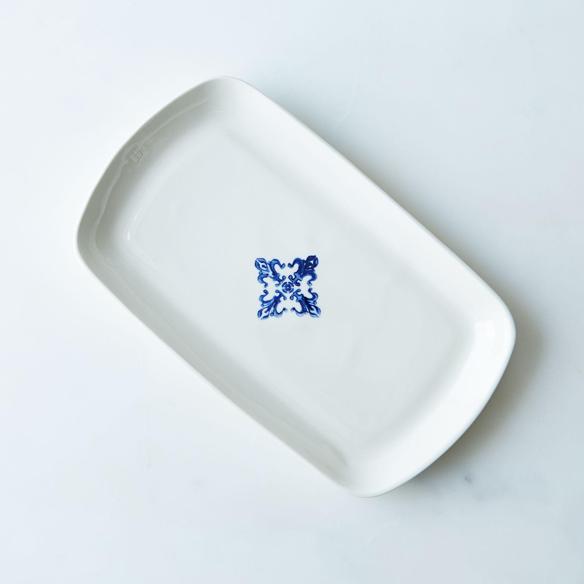 4947f848 a0f6 11e5 a190 0ef7535729df  arte manufacture serving platter blue provisions mark weinberg 15 08 14 0836 silo