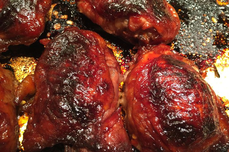 Chicken with Pomegranate BBQ Sauce