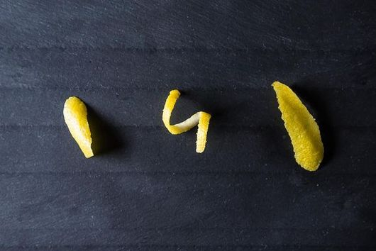 How to Make Cocktail Zest, 3 Ways
