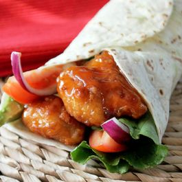 Sweet-Chili Chicken Wraps
