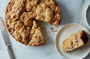 Nigella Lawson's Very Smart Strawberry Streusel Cake