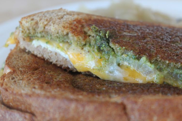 Grilled Aged Cheddar Cheese Sandwich with Pistachio Sage Pesto