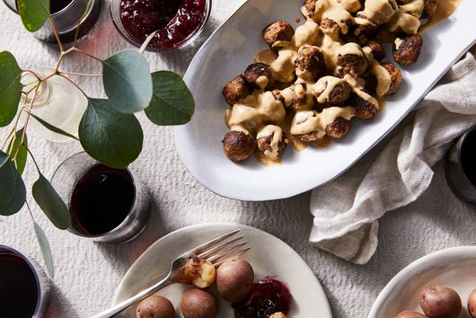These Juicy Swedish Meatballs Have a Treasured Family Secret Up Their Sleeves