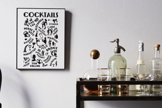 11 Ways to Hang Art Without Nails (Hello, Renters)