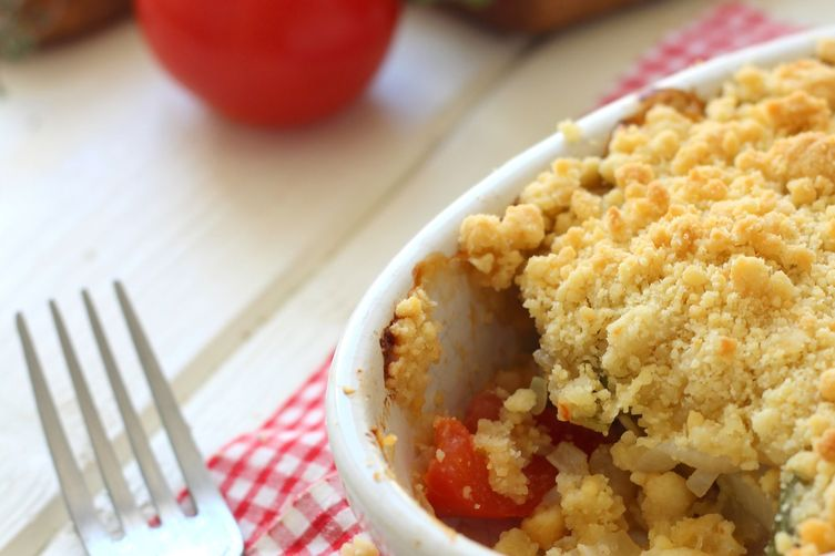 Zucchini and tomato crumble