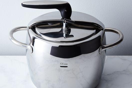 Italian Stovetop Pressure Cooker
