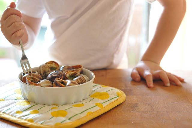 Dash digs into snails