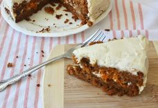 Carrot Cake w/Cream Cheese Frosting (Grain/Refined Sugar Free)