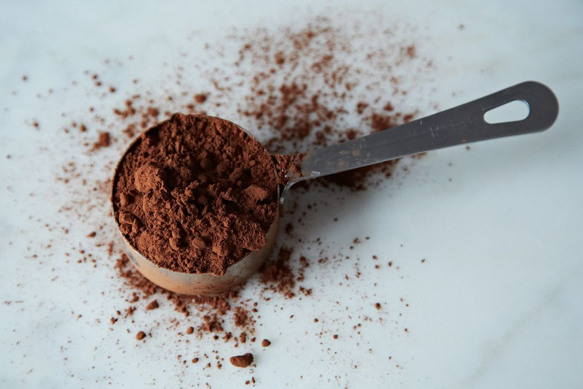 How To Pick The Best Cocoa Powder Expert Baking Tips