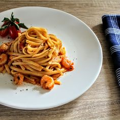 Linguine with Shrimps & Cherry Tomatoes