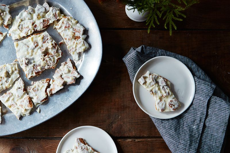 Gingersnap-white chocolate cookie bark.