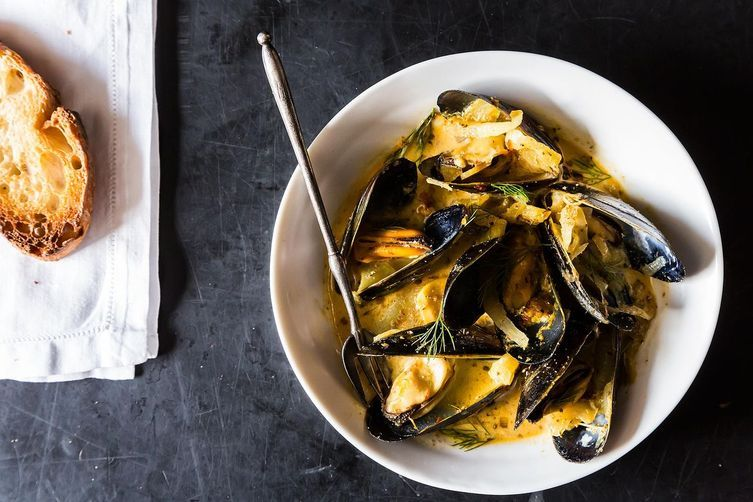Mussels with Fennel, Italian Sausage, and Pernod