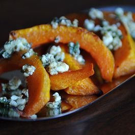 B0442c0e f4b5 41c9 aba8 55b07a0bca62  7374 caramelized butternut squash wedges with a sage hazelnut pesto