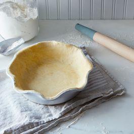 Laurel Pie Dish