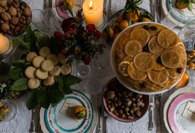 How to Feed The Crowds (& Stay Sane) This Christmas Season