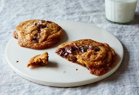 Plot Twist: The Most Genius Chocolate Chip Cookie Recipe Is Also Vegan