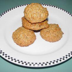 Almond Pistachio Macaroons (The Food Processor Method)