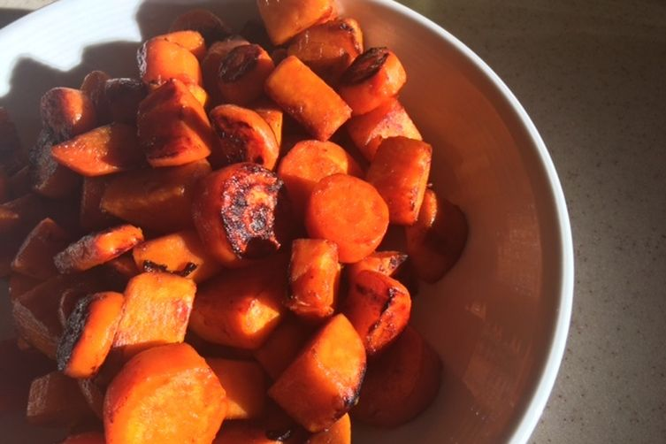 Blackened Honey-Glazed Sweet Potatoes and Carrots