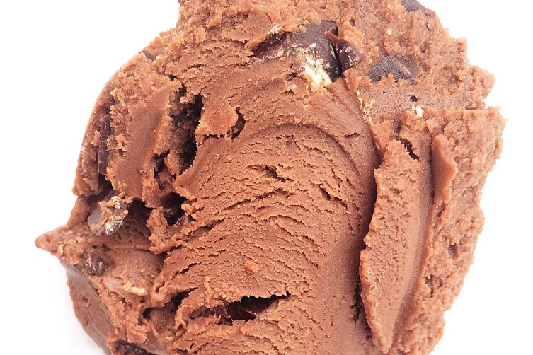 Made with KitKat Dark chocolate ice cream